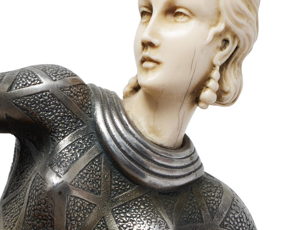 Criselefantina-deco-anni-20-raffigurante-una-danzatrice-Firmata-Lorenzi-vendita-arredamento-di-design-asolo-treviso-vicenza-italia-b